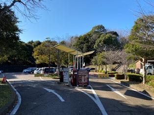茅ヶ崎里山公園駐車場